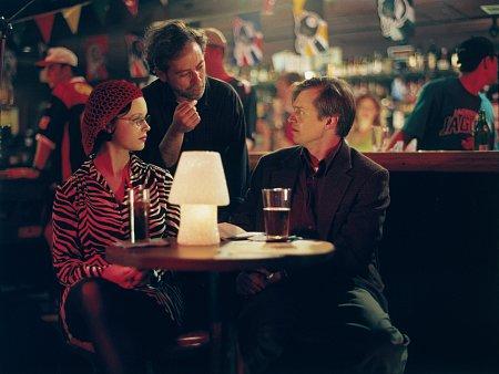 Terry Zwigoff در صحنه فیلم سینمایی دنیای ارواح به همراه تورا برچ و استیو بوشمی