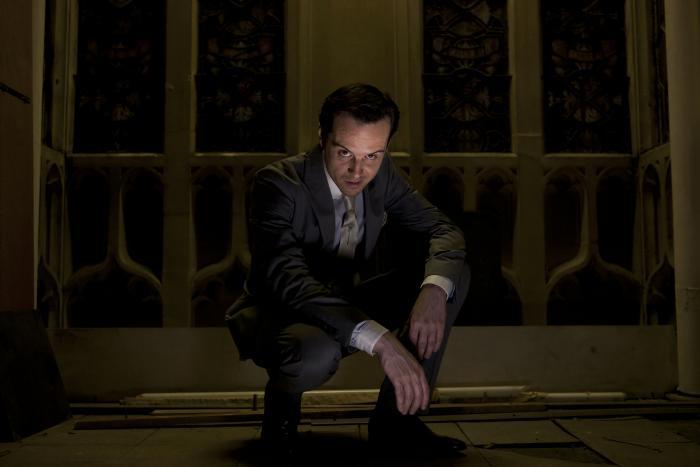 اندرو اسکات در صحنه فیلم سینمایی شرلوک