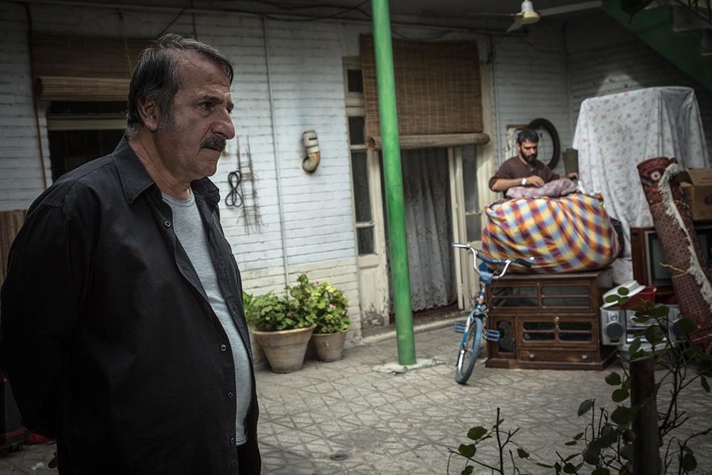 مهران رجبی در فیلم سینمایی انزوا