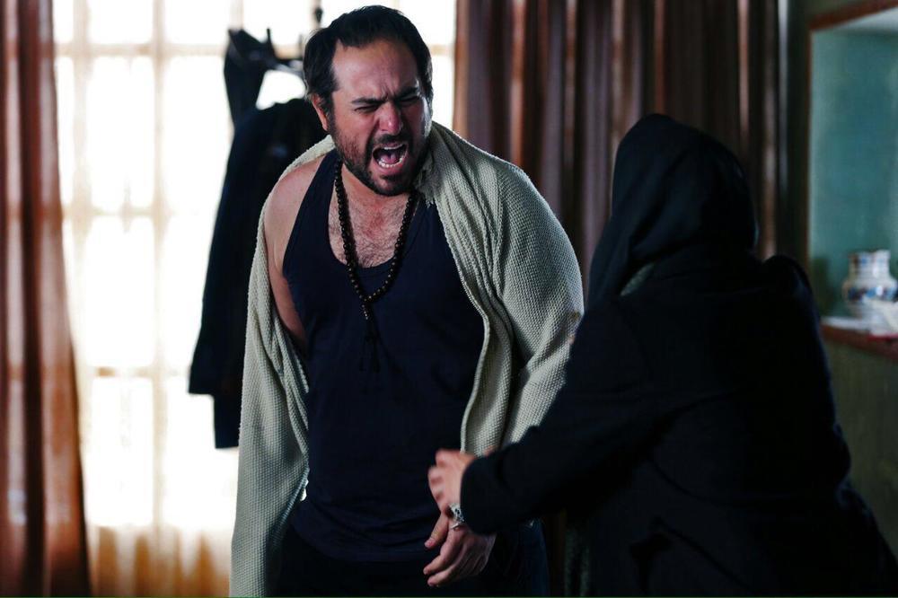 محسن کیایی در فیلم سینمایی آستیگمات