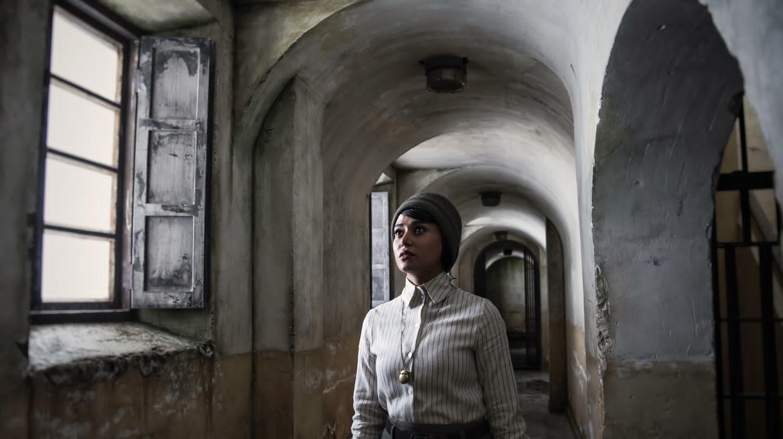 فیلم سینمایی سرخ پوست به کارگردانی نیما جاویدی