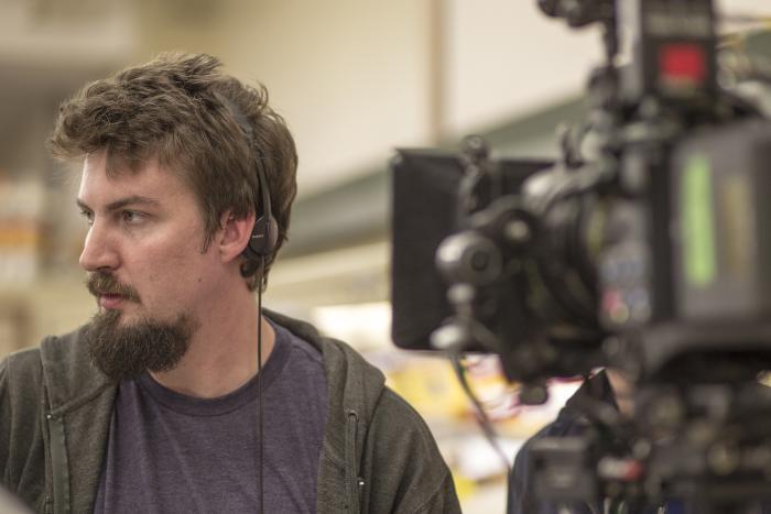 آدام وینگارد در صحنه سریال تلویزیونی رانده شده