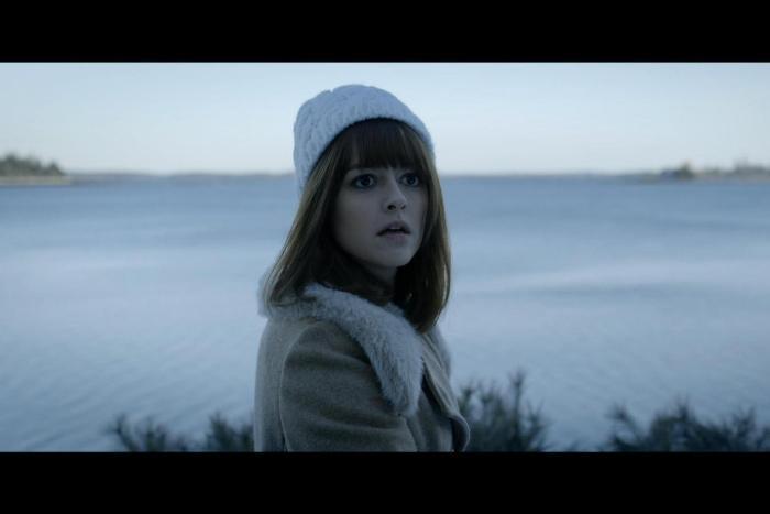 Lauren Ashley Carter در صحنه فیلم سینمایی Pod