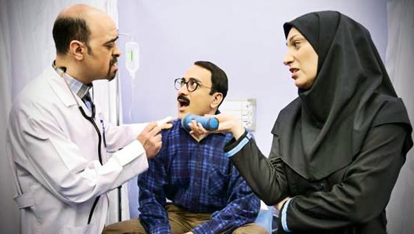 فلامک جنیدی و عارف لرستانی در فیلم در حاشیه