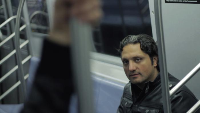 Danny Boushebel در صحنه فیلم سینمایی Aleksandr's Price به همراه Pau Masó