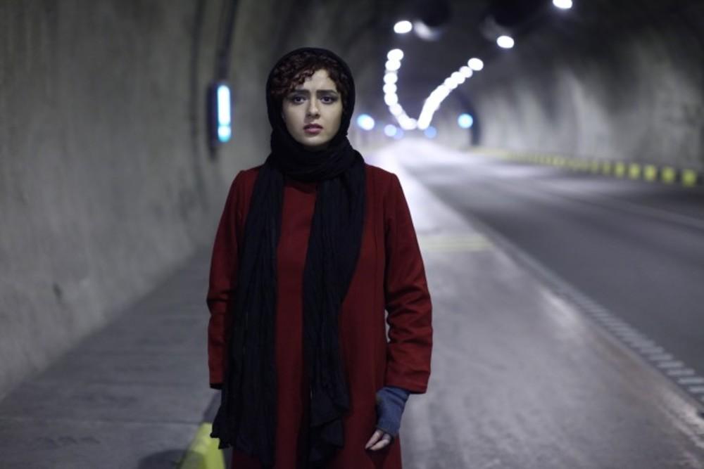 ترانه علیدوستی در فیلم مادر قلب اتمی