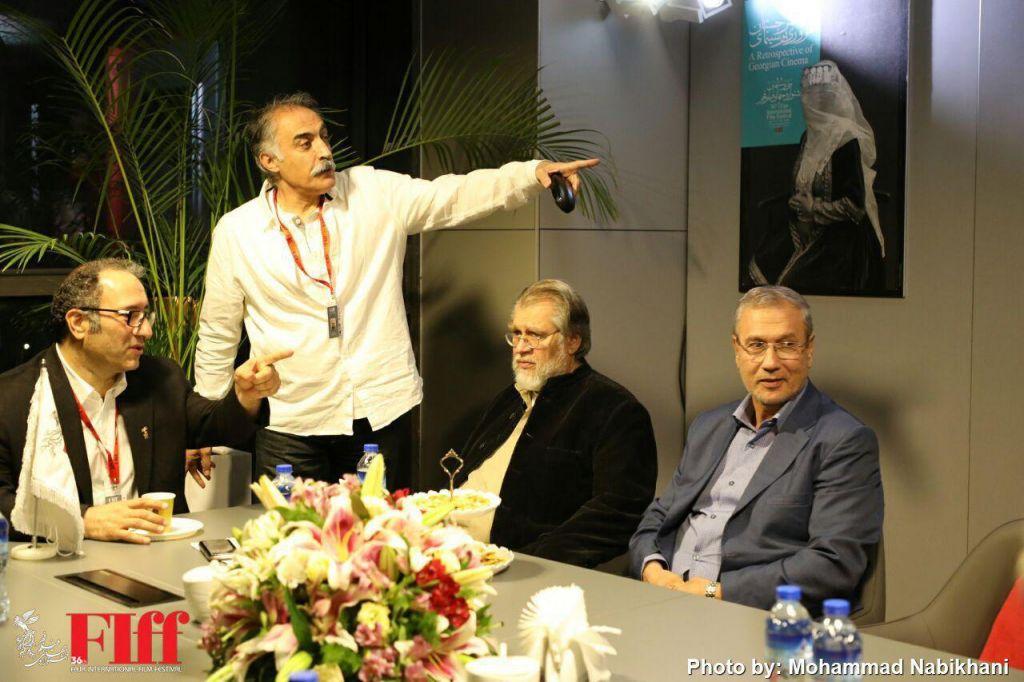 نادر طالبزاده، کارگردان و نویسنده سینما و تلویزیون - عکس جشنواره به همراه علیرضا شجاعنوری و سیدرضا میر کریمی