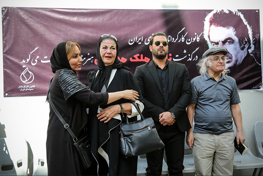 پوری بنایی، بازیگر سینما و تلویزیون - عکس مراسم خبری به همراه پژمان بازغی و ناصر ملکمطیعی