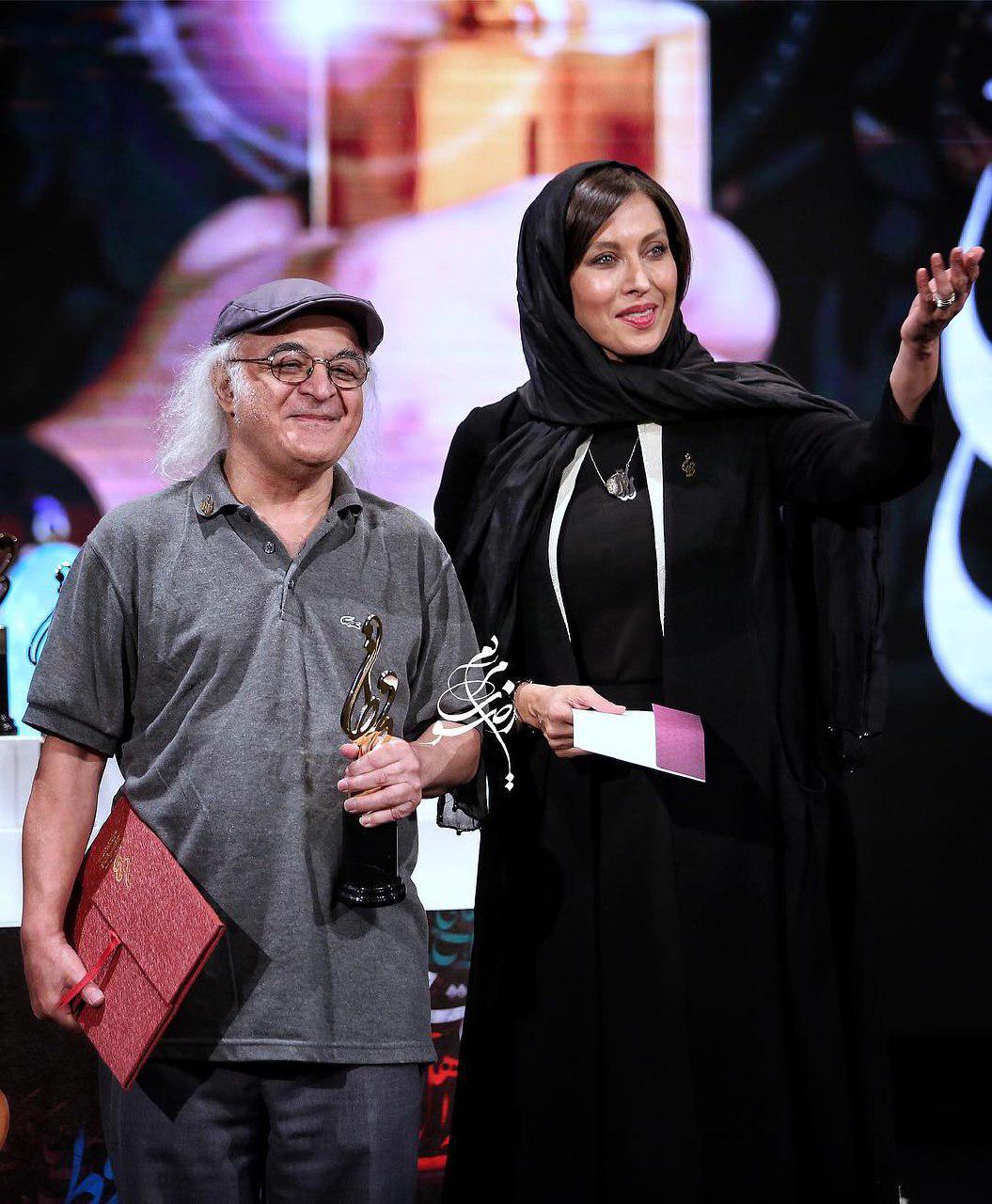 فریدون جیرانی، نویسنده و کارگردان سینما و تلویزیون - عکس جشنواره به همراه مهتاب کرامتی