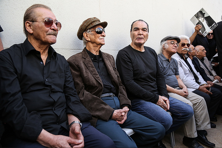 داریوش اسدزاده، بازیگر سینما و تلویزیون - عکس مراسم خبری به همراه ناصر ملکمطیعی