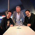 تصویری شخصی از کاظم سیاحی، بازیگر و گوینده سینما و تلویزیون به همراه بهادر مالکی و هوتن شکیبا