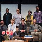 تصویری از علی سرابی، بازیگر سینما و تلویزیون در پشت صحنه یکی از آثارش به همراه ستاره پسیانی، مارال بنیآدم و نوید محمدزاده