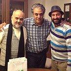 تصویری از مجید صالحی، بازیگر و کارگردان سینما و تلویزیون در پشت صحنه یکی از آثارش