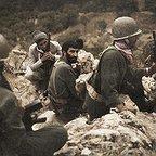 فیلم سینمایی ایستاده در غبار با حضور هادی حجازیفر