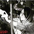 تصویری از نازنین بیاتی، بازیگر سینما و تلویزیون در پشت صحنه یکی از آثارش