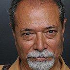 تصویری شخصی از علی نصیریان، بازیگر و کارشناس سینما و تلویزیون