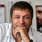 تصویری شخصی از مزدک میر عابدینی، بازیگر و نویسنده سینما و تلویزیون