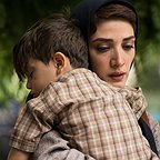 مینا ساداتی در صحنه فیلم سینمایی تابستان داغ