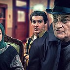 سریال تلویزیونی بدون شرح با حضور فتحعلی اویسی، مریم سعادت و بیژن بنفشهخواه