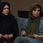 فیلم سینمایی شنل با حضور باران کوثری و بهار کاتوزی