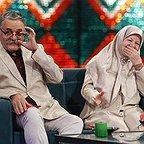 تصویری از رابعه مدنی، بازیگر سینما و تلویزیون در حال بازیگری سر صحنه یکی از آثارش