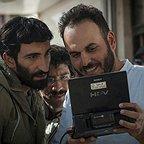 پشت صحنه فیلم سینمایی ایستاده در غبار به کارگردانی محمدحسین مهدویان