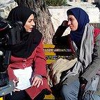 تصویری از شیرین صفری، بازیگر سینما و تلویزیون در پشت صحنه یکی از آثارش