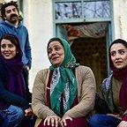 فیلم تلویزیونی خجالت نکش با حضور شبنم مقدمی، الناز حبیبی، کاوه آهنگر و فرانک تمنایی