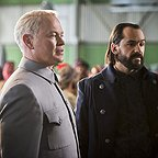 سریال تلویزیونی افسانه های فردا با حضور کاسپر کرامپ و Neal McDonough