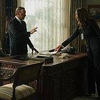 سریال تلویزیونی خانه پوشالی با حضور کوین اسپیسی و الیزابت مارول