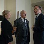 سریال تلویزیونی خانه پوشالی با حضور کوین اسپیسی، جرالد مک رانی و جین اتکینسون