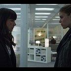 سریال تلویزیونی خانه پوشالی با حضور کیت  مارا و Constance Zimmer