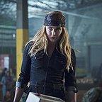 سریال تلویزیونی افسانه های فردا با حضور کیتی لاتز