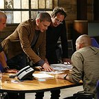 سریال تلویزیونی فرار از زندان با حضور دامینیک پرسل، آمائوری نولاسکو گاریدو، ویلیام فیکنر، وید اندرو ویلیامز و ونتورت میلر