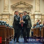سریال تلویزیونی خانه پوشالی با حضور Benito Martinez و Dean Neistat