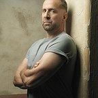 سریال تلویزیونی فرار از زندان با حضور پتر استورماره