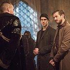 سریال تلویزیونی افسانه های فردا با حضور Brandon Routh، Matt Nable و Arthur Darvill