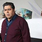 فیلم سینمایی زیر سقف دودی با حضور فرهاد اصلانی