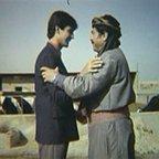تصویری از محمدباقر رشیدی، بازیگر سینما و تلویزیون در حال بازیگری سر صحنه یکی از آثارش