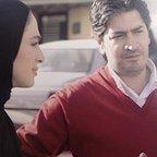 تصویری از مجید غفاری، دستیار اول فیلمبردار و گروه فیلمبرداری سینما و تلویزیون در حال بازیگری سر صحنه یکی از آثارش