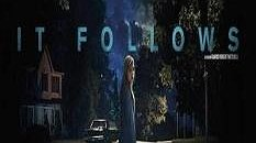 """نگاهی به فیلم """"او تعقیب می کند""""/ لذتی که از ترس می آید"""
