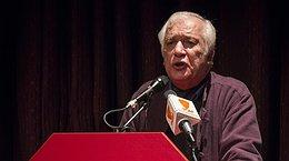 مراسم بزرگداشت و تولد 77 سالگی خسرو سینایی برگزار شد / تصاویر
