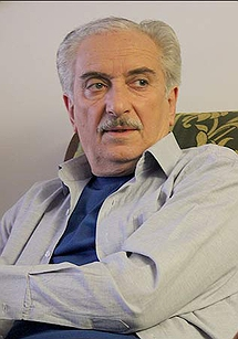 آرش تاج تهرانی