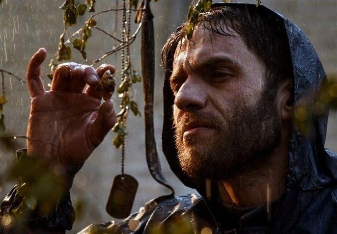 بابک حمیدیان در فیلم سرو زیر آب