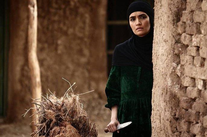 میترا حجار در فیلم ماهورا