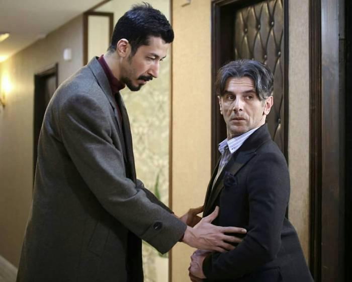 فیلم سینمایی چشم وگوش بسته هفتمین فیلم پرفروش 98