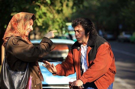 مهناز افشار و رضا عطاران در صحنهای از فیلم «نهنگ عنبر 2: سلکشن رویا»