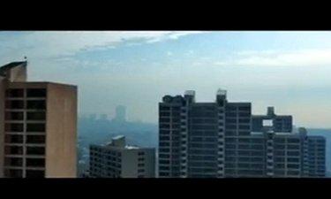 موزیک ویدیو موسیقی تیتراژ فیلم زیر سقف دودی (سینا سرلک)